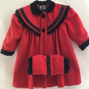 Beautiful Vtg Rothschild dresscoat w/ hand warmer
